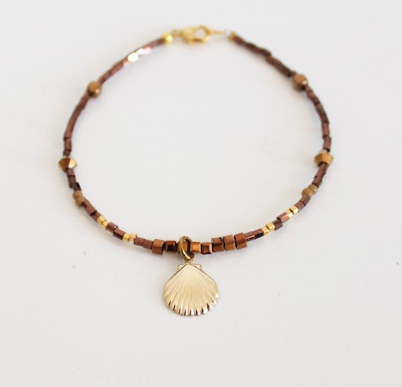 Mini bracelet beads, gold filed shell pendant