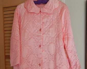 NOS 1970's Ladies Medium-Large Size Quilted Bathrobe with Buttons and Pockets / Sateen Fabric / Button Down Robe
