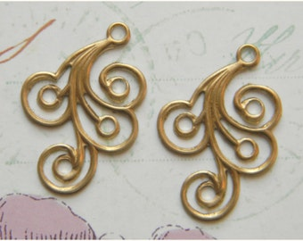 Brass Feather Plume, Brass Feather Swirl, Feather Dangle, Brass Stamping, Brass Embellishment, 20mm x 30mm - 6 pcs. (r188)