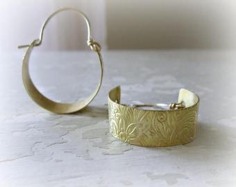 Flower Brass Hoops, Hoop Earrings, Boho Jewelry, Brass Earrings, Brass Hoop Earrings, Natural Brass Earrings, Modern Hoops, Flower Earrings
