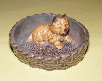Vintage 1970s Wade Dog Puppy Whimsie Basket Pin Dish Trinket Tray