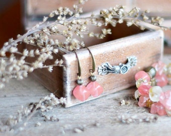 Pink earrings beaded earrings dangle pastel earrings pink gemstone earrings quartz glamorous jewelry elegant
