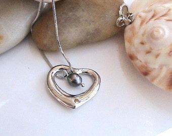 Herz-Halskette, hohl Herz Perle Neckalce, Tiffany-Herz geformt, Charme, Perlenkette, Brautschmuck, Brautjungfern, Hochzeit, Liebe, Romantik