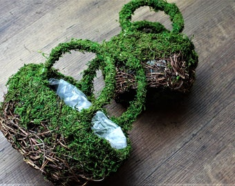 Moss Purses-Set of 2 REAL Moss & Angel vine base with sewn in plastic Liner-Flower girl Purse-Wedding centerpiece-Garden Party