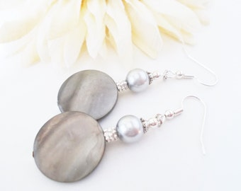 Mother of Pearl Jewelry Sterling Silver, Bridesmaids Gift, Gray Pearl Earrings Handmade, Spring Wedding Jewelry, Birthday Gift for Mother