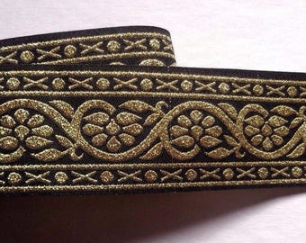 Jacquard Ribbon, 1+1/2 inch wide Black - Gold color 1 yard and 11 inch cut