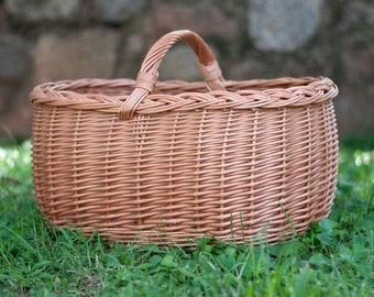 Large Handmade Wicker Basket - Round Farmer's Market , Picnic and Gift Basket, Shopping and Storage Basket, Farmhouse Style, Holiday