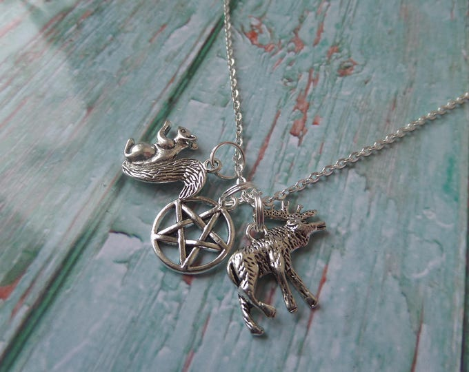 SUPERNATURAL inspired Moose & Squirrel Winchester brothers silver tone charm necklace fan gift jewellery Uk