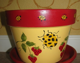 Flower Pot ... Ladybug and Strawberries