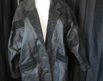 1980's womens Fashion Attitudes black leather mid trench coat size large