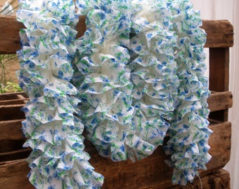 White and blue ruffle scarf