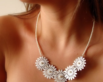 Tiny White Leather Flower Necklace With Mother of Pearls