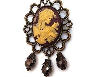 Dead Damsel Brooch-Skull Cameo Pin-Gothic Lolita-Lapel Pin-Regency Rococo-Victorian Mourning-Halloween Wedding-Goth Flair-Fashion Accessory