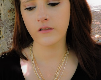Wrap it up gold bow chain necklace