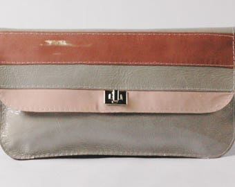 CAROL/Mint Green Clutch