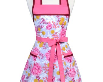 Womens Vintage Apron - Pink Lavender Floral Apron - Cute Retro 50s Style Kitchen Apron with Pocket - Over the Head Apron