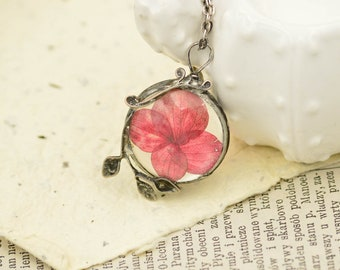 Medium hedrangea necklace, plant necklace, dried flowers, pressed flower, boho, tin soldered jewelry, bridesmade gift, spring wedding
