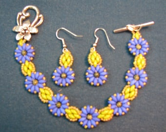 Green and Blue Earring and Bracelet Set