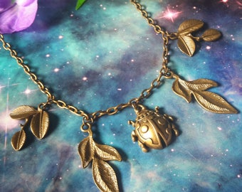 Leaves and ladybug vintage style necklace