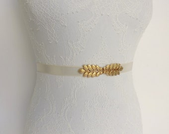 Ivory belt. Gold leaf belt. Elastic waist belt. Bridal belt. Dress belt. Bridesmaids belt. Grecian belt.