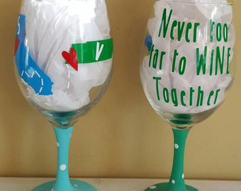 Never too far to wine together-long distance relationship-moving away gift-best friends