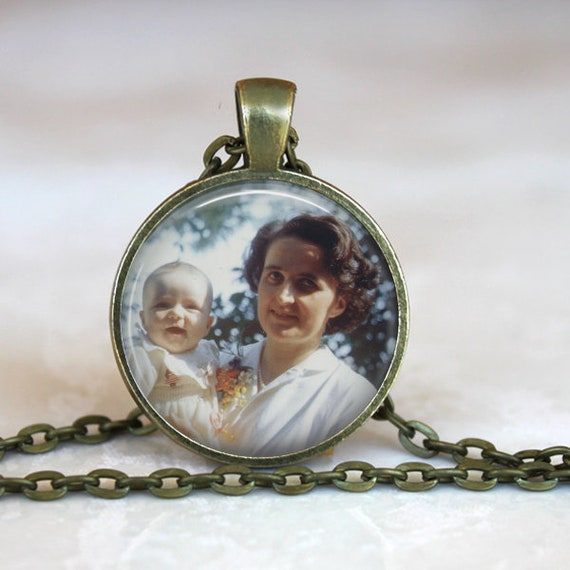 Saint Gianna Molla Necklace - Patron Saint of  Mothers, Physicians and Pre Born Children- Wife, Doctor, Pro Life Witness