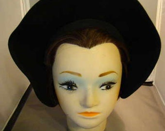 Great 1930's black wool halo hat Excellent Condition