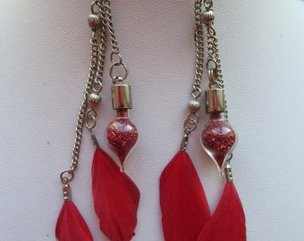 EARRINGS PENDENDANTES red feathers with vials drops of water and unique beads