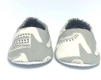6-9mo RTS Baby Moccs: Not So Ugly Sweaters / Crib Shoes / Baby Shoes / Baby Moccasins / Vegan Moccs / Soft Soled Shoes / Montessori Shoes