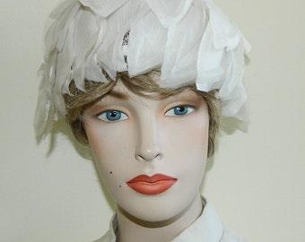 60s Madcaps Originals Hat White Petals Phyllis Diller Hat Capulet madcaps Paris New York