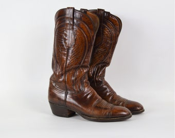 Vintage Lucchese Cowboy Boots Dark Brown Leather Western Boot Flame Stitch Size 8D Cowgirl Boots Super Nice in Great Condition