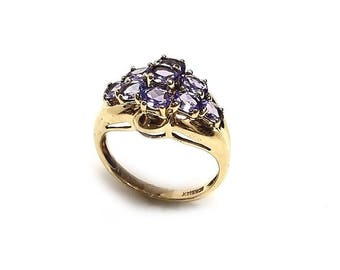 VINTAGE Tanzanite Ring set in 14k yellow gold