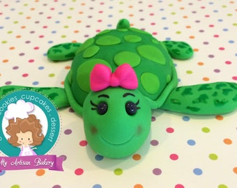 Turtle fondant cake topper