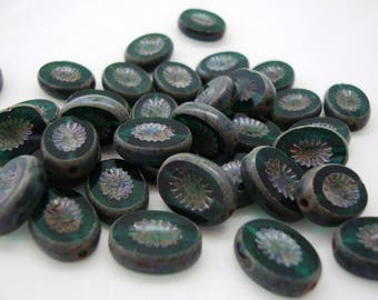 10pcs 14x11mm Green Picasso Table Cut Oval Bead - Czech glass beads