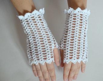 WhiteCrochet Lace Mittens, Wedding Fingerless Gloves  for women, Gothic, Vampire, Victorian, Prom, Bridal