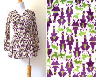 Vintage 60s 70s Little Geisha Girls Novelty Print Micro Mini Dress (size xxs, xs)