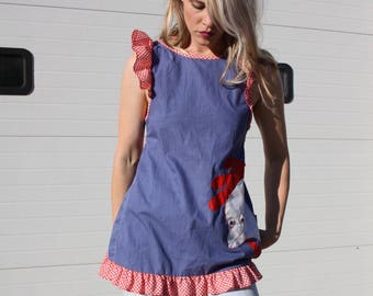 Vintage Ruffle Sleeve Shirt / 70's Chambray Top / Chicken Applique S/M