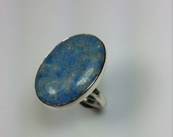 Silver ring with Lapis Lazuli gemstone 25 x 18 mm (Chili) with sheath of 2.5 mm silver wire size 16.8