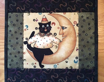 Halloween Quilted Wall Hanging or Table Topper with Boo Kitty Cat Crescent Moon