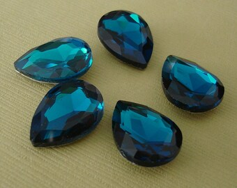 2pcs- Vintage Glass Jewels Blue Zircon Pear Teardrop 18x13mm