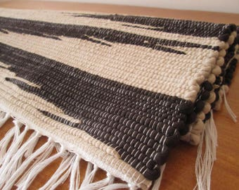 Handmade woven placemats | Brown and beige placemats | Set of 2 | Home decor | Kitchen decor |