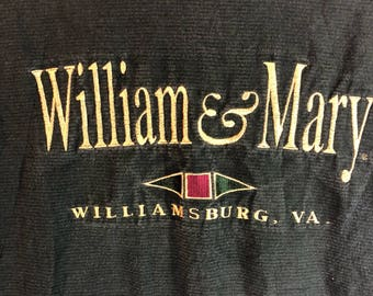 Vintage William & Mary College Embroidered Green Shirt Velva Sheen Medium