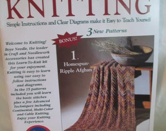 """Crochet """"I taught myself knitting"""" booklet used How to knit 34 pages 1988"""