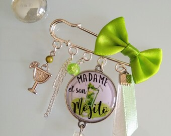 Pretty brooch with cabochon resin 25mm Mojito lime green and white