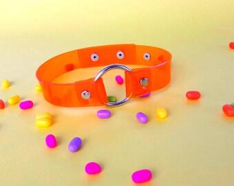 O ring Orange vinyl Choker, 90s Necklace Gothic, 90's vegan choker, vinyl collar, lollita gothic, ring chocker, o ring necklace, soft grunge