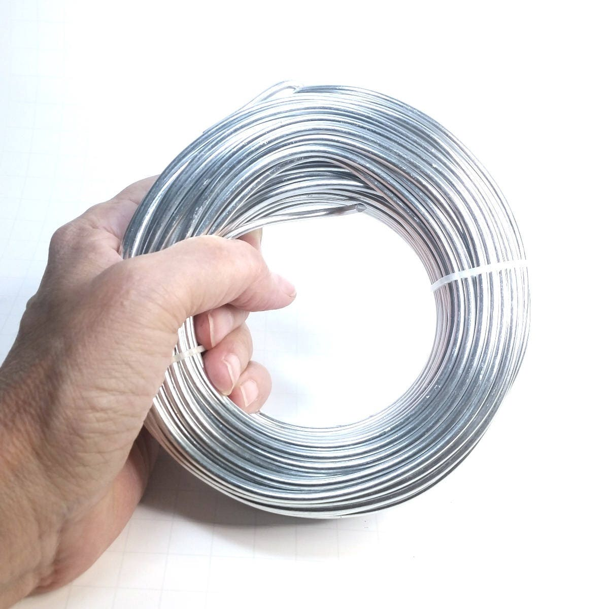 Bulk aluminum wire round silver color 500 grams choose sizes from bulk aluminum wire round silver color 500 grams choose sizes from 8 thickness 06mm to 60mm approx 23 gauge up to 3 gauge greentooth Images