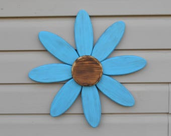 Large Daisy Wall Hanging... Light Blue...