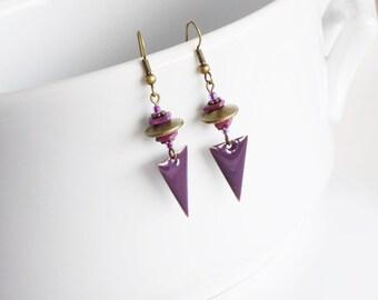 Triangle earrings in purple enamelled brass, women jewelry