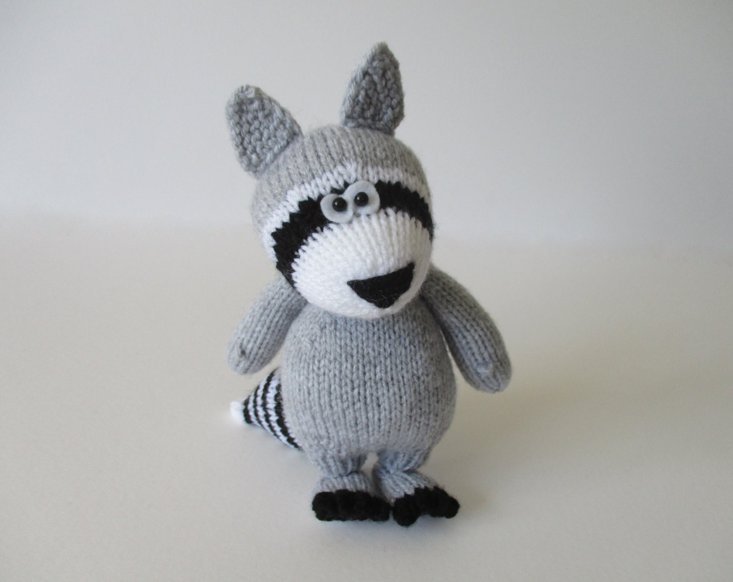 Ricky the Raccoon toy knitting patterns