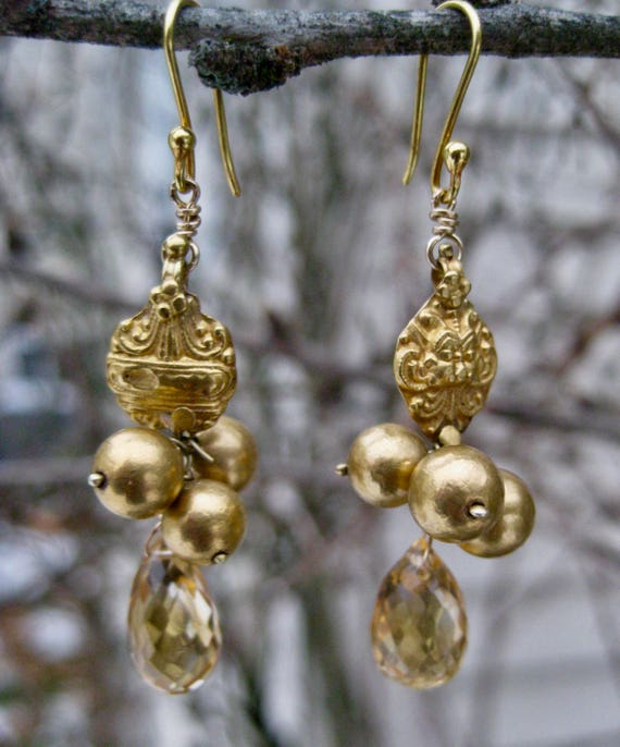 ANJALI  Antique 18k Gold Earrings with Faceted Citrine Drop